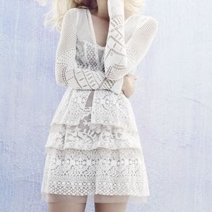 BCBG Fola Scarletta Lace Tiered Dress